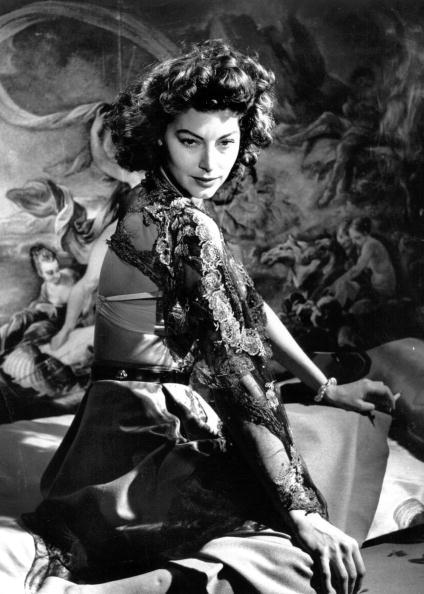 1人「Ava Gardner」:写真・画像(14)[壁紙.com]