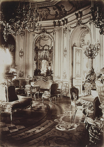 Palace「The Stroganov palace in Saint Petersburg. Oval Living Room, 1860s. Artist: Bianchi, Giovanni (1812-1893)」:写真・画像(12)[壁紙.com]