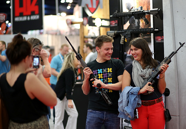 Weapon「NRA Gathers In Houston For 2013 Annual Meeting」:写真・画像(15)[壁紙.com]