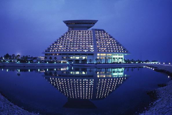 Doha「Hotel Sheraton at evening - city of Doha - Qatar」:写真・画像(4)[壁紙.com]