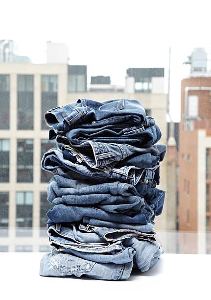 Stack of Jeans:スマホ壁紙(壁紙.com)