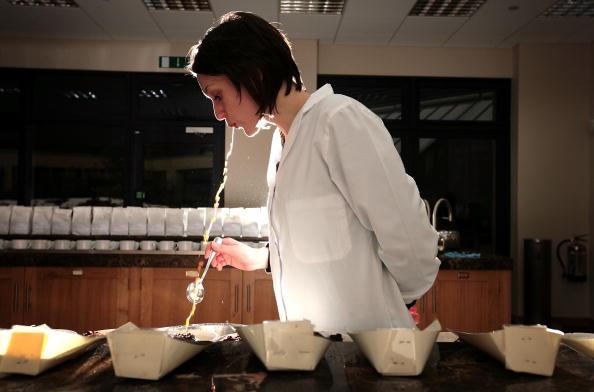 Tasting「Despite Price Rises The British Love Of A Cup Of Tea Endures」:写真・画像(13)[壁紙.com]