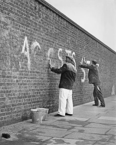 1970「Graffiti Removal」:写真・画像(12)[壁紙.com]