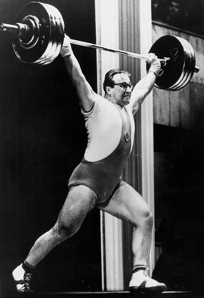 Weight「Strongest Man」:写真・画像(5)[壁紙.com]