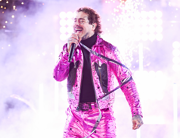 Post Malone「Times Square New Year's Eve 2020 Celebration」:写真・画像(7)[壁紙.com]