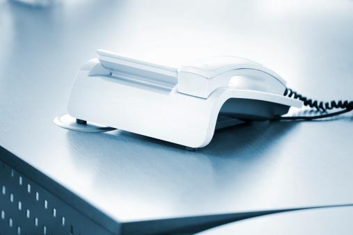 Cable「Phone on desktop」:スマホ壁紙(16)