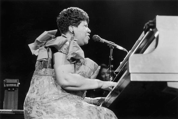 Piano「Aretha At The Piano」:写真・画像(12)[壁紙.com]
