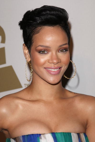 Short Hair「2009 GRAMMY Salute To Industry Icons - Arrivals」:写真・画像(11)[壁紙.com]
