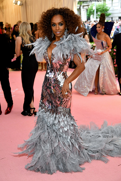 Silver Colored「The 2019 Met Gala Celebrating Camp: Notes on Fashion - Arrivals」:写真・画像(13)[壁紙.com]