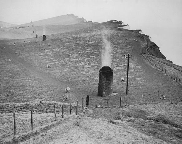 Hill「Cliff Tunnel」:写真・画像(12)[壁紙.com]