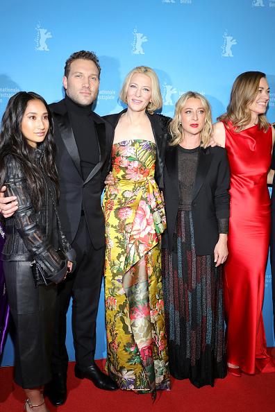 "Yvonne Strahovski「""Stateless"" Premiere - 70th Berlinale International Film Festival」:写真・画像(15)[壁紙.com]"