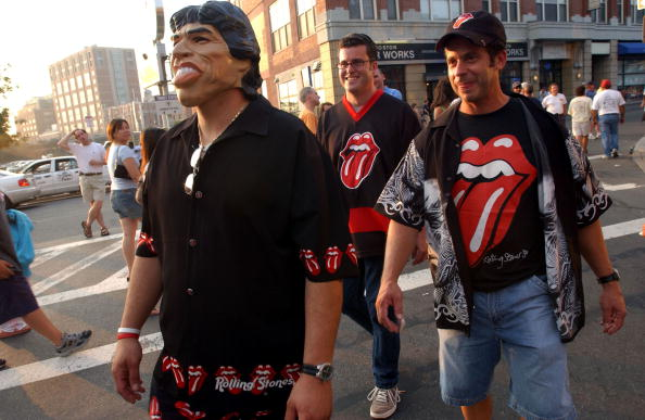 T-Shirt「The Rolling Stones On Stage At Fenway Park」:写真・画像(19)[壁紙.com]
