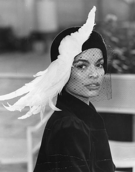 Feather「Bianca Jagger」:写真・画像(2)[壁紙.com]