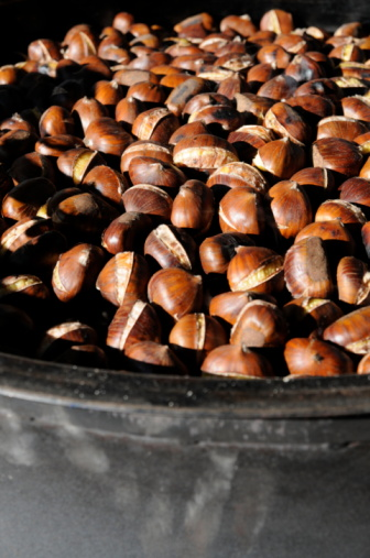 Chestnut - Food「chestnuts cooking in the pot」:スマホ壁紙(17)