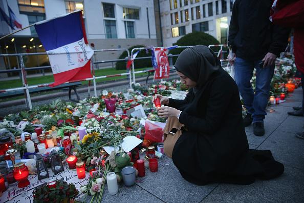 France「Muslims Protest Against Paris Terror Attacks」:写真・画像(1)[壁紙.com]