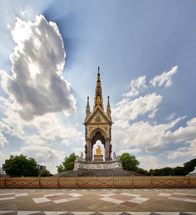 Prince - Royal Person「The Albert memorial, Kensington Gardens, London.」:スマホ壁紙(14)