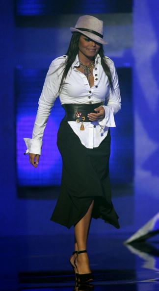 Blouse「The 32nd Annual American Music Awards - Show」:写真・画像(14)[壁紙.com]