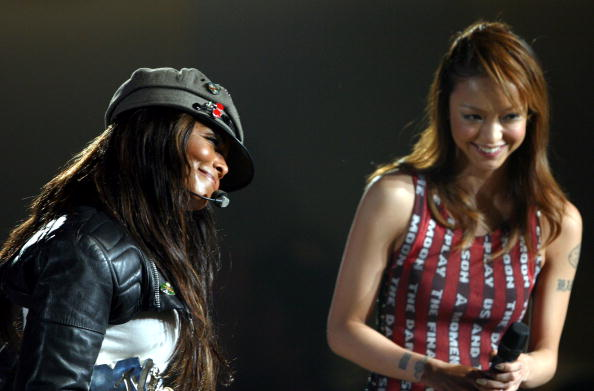 namie amuro「MTV Video Music Awards Japan 2004」:写真・画像(3)[壁紙.com]