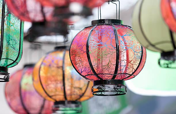 Colored Chinese lanterns:スマホ壁紙(壁紙.com)