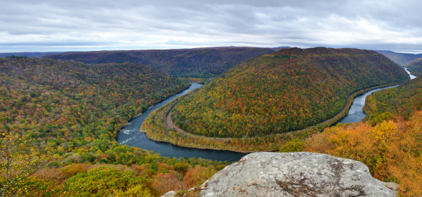 Ravine「Autumn Panoramic of New River Gorge from Grandview Overlook, WV」:スマホ壁紙(19)