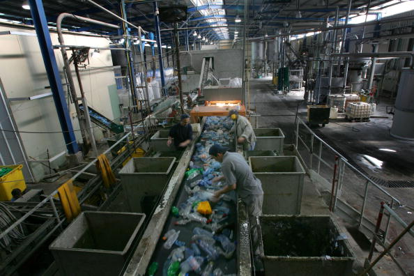 Recycling「Israeli Plastic Recycling Plant」:写真・画像(19)[壁紙.com]