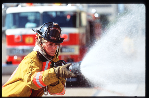 Spray「First All Female Firefighter Company」:写真・画像(18)[壁紙.com]