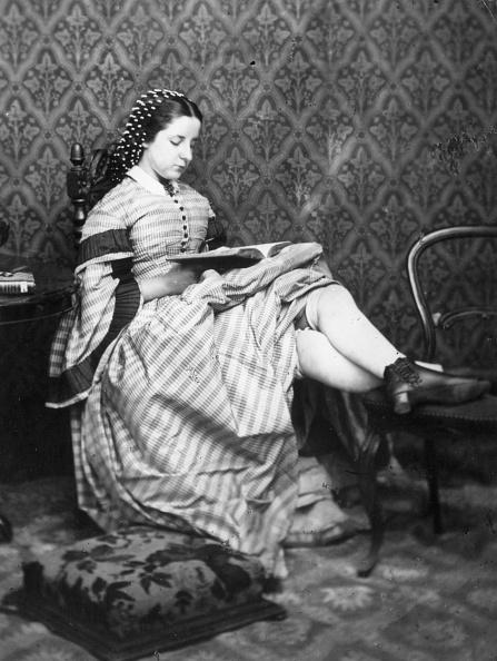 19th Century Style「Show A Leg」:写真・画像(13)[壁紙.com]