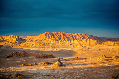 Atacama Region「Valle de la Luna, Moon Valle at Sunset, Atacama Desert」:スマホ壁紙(8)
