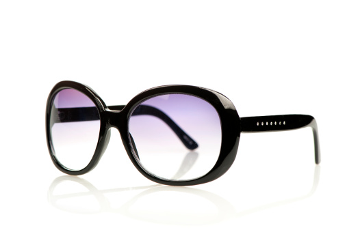 Eyeglasses「Fashionable sunglasses in black with purple glasses.」:スマホ壁紙(2)