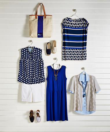 Womenswear「Fashionable clothing on coathanger」:スマホ壁紙(16)