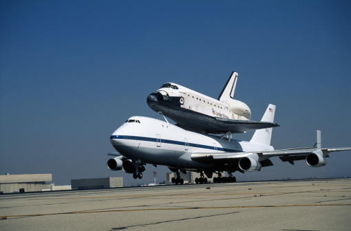 Landing - Touching Down「NASA Boeing Space Shuttle and Boeing 747 Carrier Aircraft」:スマホ壁紙(11)