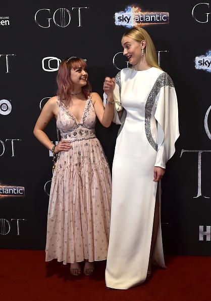 """Maisie Williams「""""Game Of Thrones"""" Season 8 Screening - Red Carpet Arrivals」:写真・画像(8)[壁紙.com]"""
