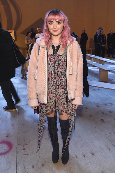 Maisie Williams「Coach 1941 - Front Row - February 2019 - New York Fashion Week」:写真・画像(7)[壁紙.com]
