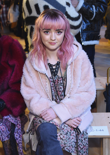 Maisie Williams「Coach 1941 - Front Row - February 2019 - New York Fashion Week」:写真・画像(2)[壁紙.com]