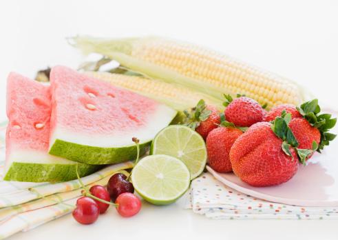 スイカ「Assorted fresh fruits and vegetables」:スマホ壁紙(18)
