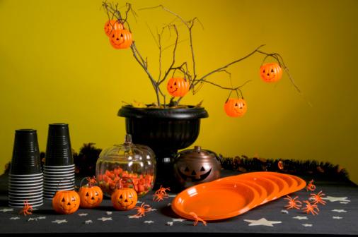 ハロウィンパーティー「Halloween party table」:スマホ壁紙(13)