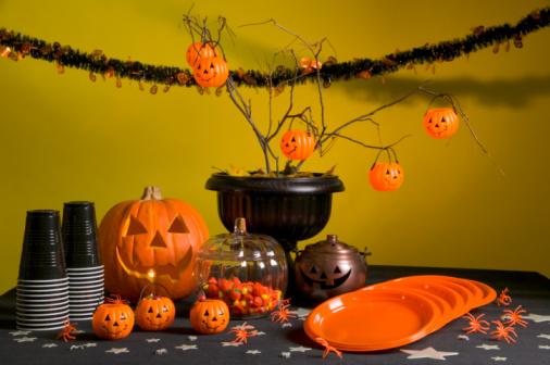 ハロウィン「Halloween party table」:スマホ壁紙(14)