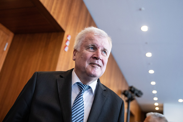 Strategy「Seehofer Present Master Plan For Migration Policy」:写真・画像(1)[壁紙.com]