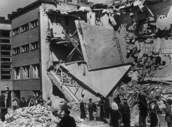 World War II「Damage In Warsaw」:写真・画像(7)[壁紙.com]