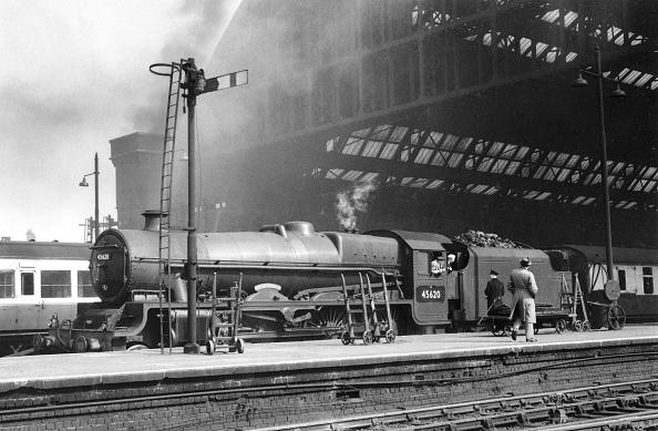 Transportation「The hallowed portals of St. Pancras station」:写真・画像(19)[壁紙.com]