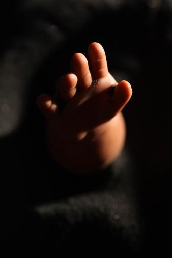 Evil「Dead Baby Hand」:スマホ壁紙(8)