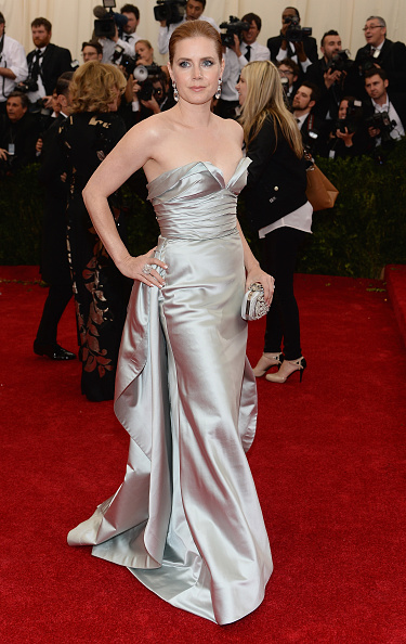 "Strapless Evening Gown「""Charles James: Beyond Fashion"" Costume Institute Gala - Arrivals」:写真・画像(19)[壁紙.com]"