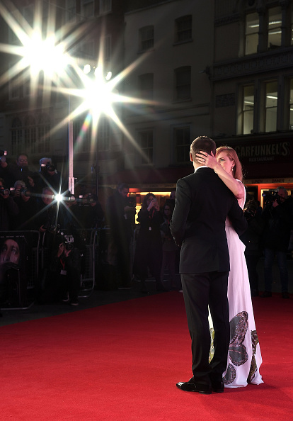 Black Suit「'Arrival' - Royal Bank Of Canada Gala - 60th BFI London Film Festival」:写真・画像(14)[壁紙.com]