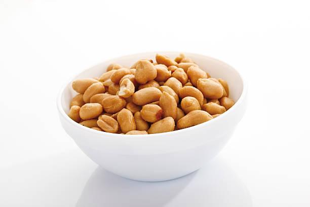 Peanuts in bowl:スマホ壁紙(壁紙.com)