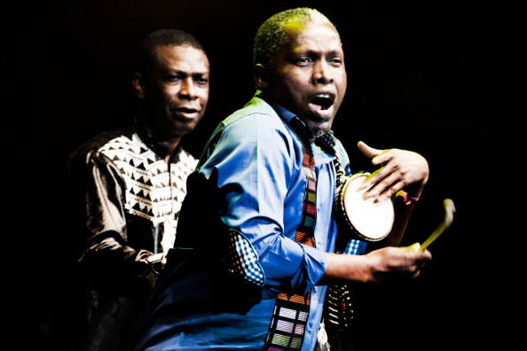 Singer-Songwriter「Youssou N'Dour At WOMAD」:写真・画像(19)[壁紙.com]