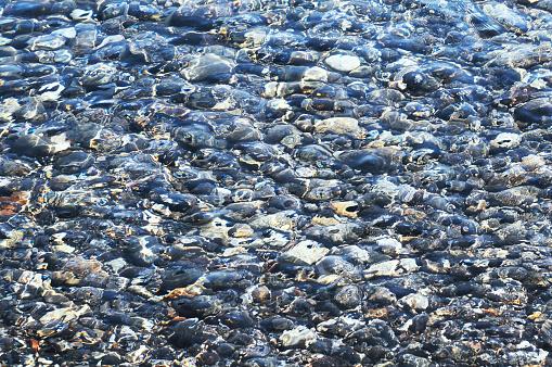 パトモス島「Pebbles in the sea」:スマホ壁紙(11)