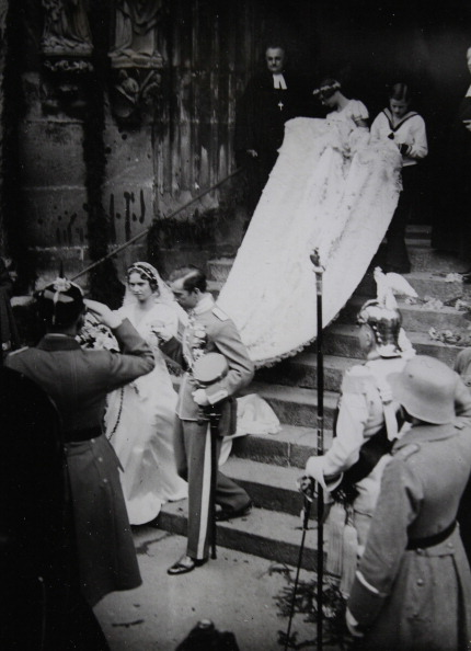 October「Royal Wedding Between Prince Gustav Adolf Of Sweden (The Eldest Son Of Crown Prince Gustav Vi. Adolf) And Princess Sibylla Of Saxe-Coburg-Gotha In The Main Church St. Moritz, Coburg. 20 Oktober 1932. Photograph.」:写真・画像(13)[壁紙.com]