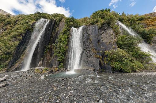 Westland - South Island New Zealand「Waterfall at the Franz Josef Glacier, New Zealand」:スマホ壁紙(10)
