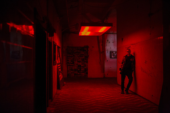 Vladimir Zivojinovic「Europe Reins In Nightlife To Curb Covid-19 Surge」:写真・画像(11)[壁紙.com]