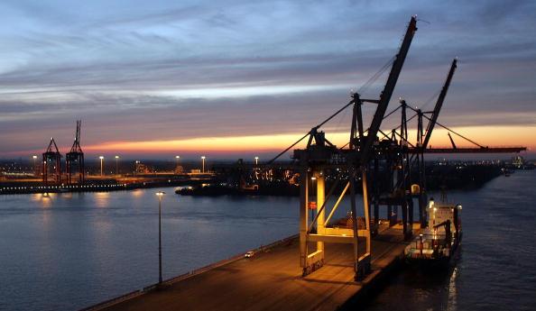 Commercial Dock「Hamburg Commercial Harbour General Views」:写真・画像(3)[壁紙.com]
